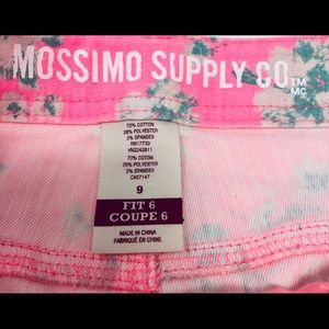 Mossimo Supply Co. Shorts - Mossimo Supply Co. Pink Floral Jean Shorts Size 9